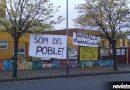 Les famílies de l'escola Pinetons es planten i es manifesten per reclamar l'institut